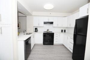 suite image showing kitchen